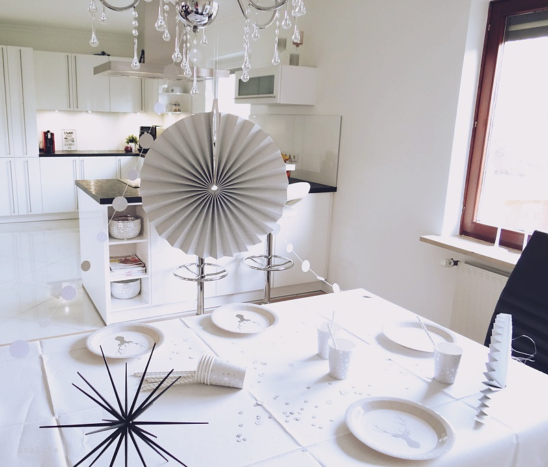 dekoration und br uche zu silvester unalife. Black Bedroom Furniture Sets. Home Design Ideas