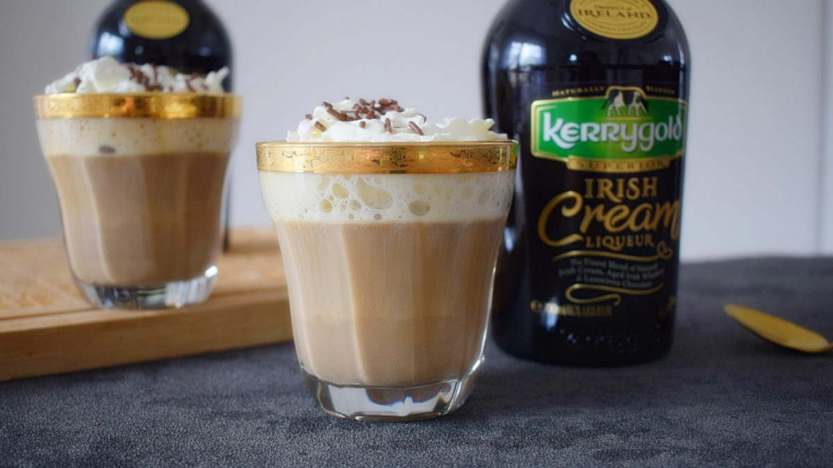 irish-coffee-mit-kerrygold-irish-cream-liqueur