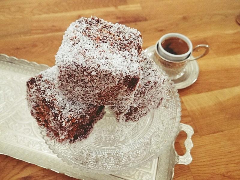 Kaffee und Kuchen Rezept mit Kokos