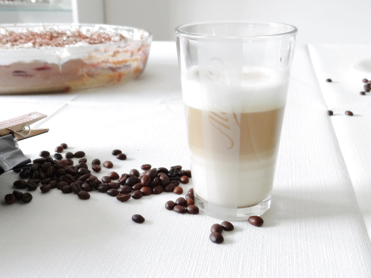 Kaffe und Kuchen mit ALBERTO Espresso (2)