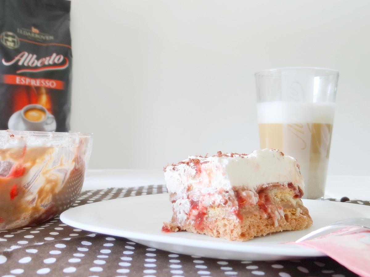 Kaffe und Kuchen mit ALBERTO Espresso