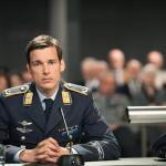 """Held oder Mörder? """"Terror-Ihr Urteil"""" Ferdinand von Schirach/Das Erste"""