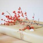 DIY: Geschenkverpackung mit Saisonblumen