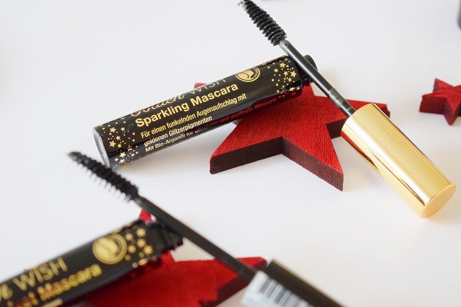 sparkling-mascara-alterra-golden-wish