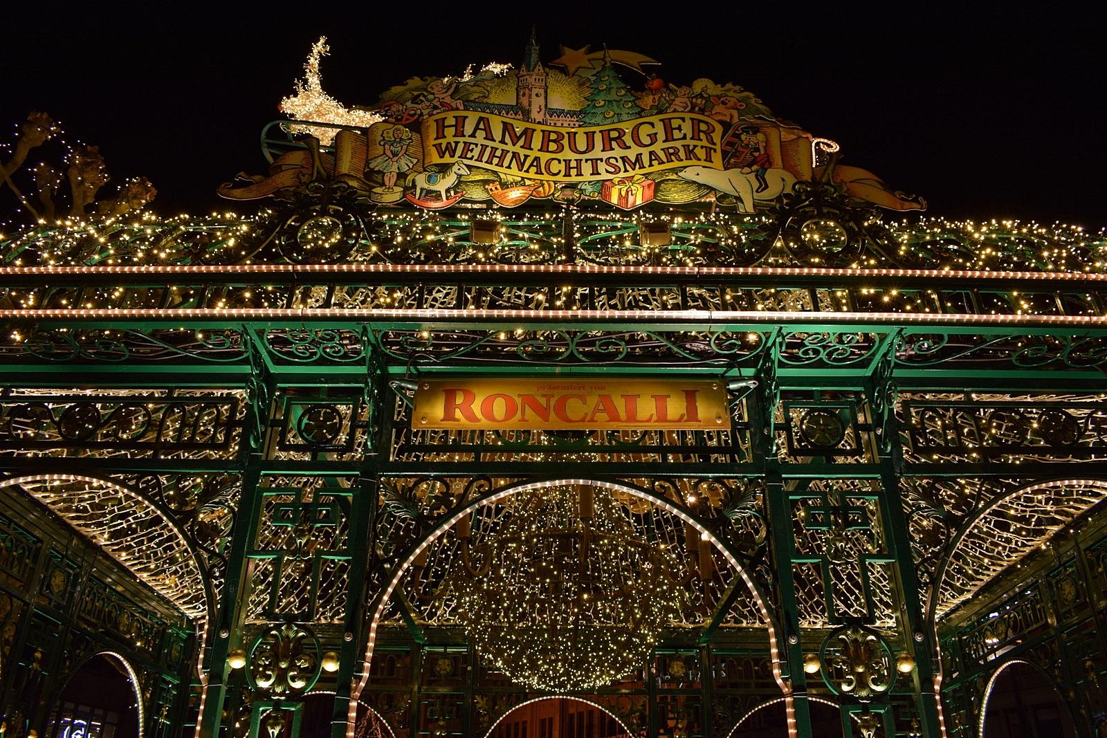 Hamburger Weihnachtsmarkt.Mit Gore Tex Auf Dem Weihnachtsmarkt In Hamburg Unalife