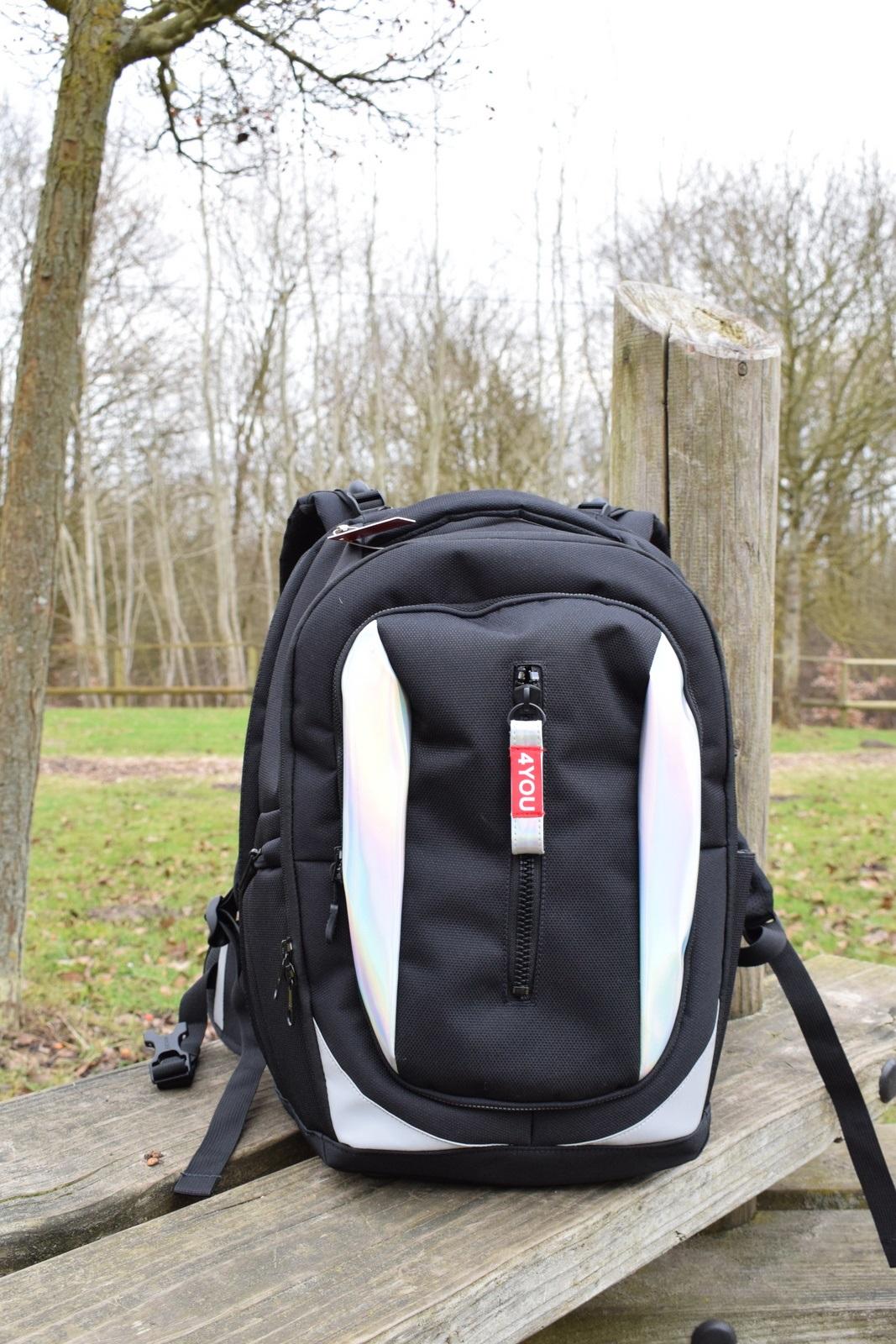4d149503913d9 Dieser Rucksack von 4YOU ist das beste Beispiel dafür. Hier sind 5 Gründe
