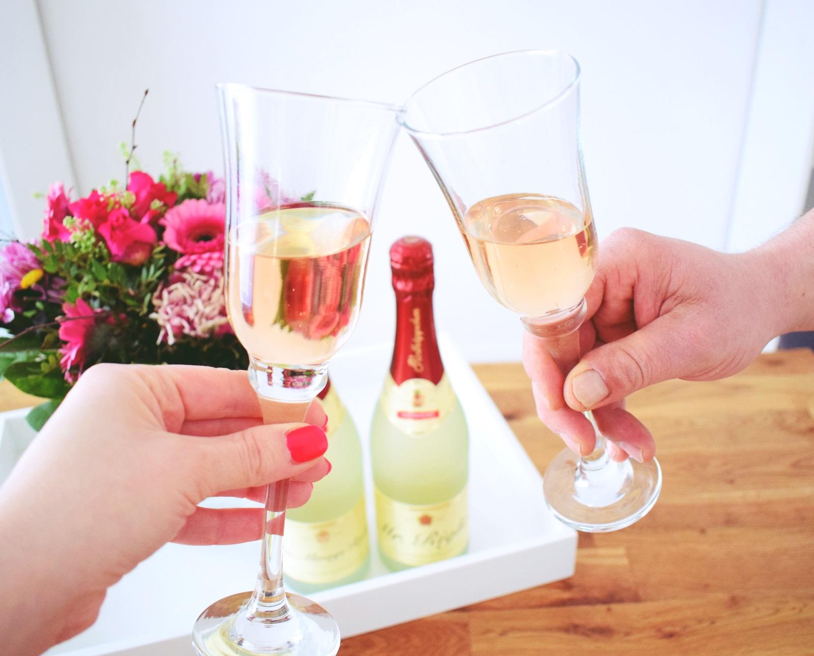 cheers mit rotkäppchen alkoholfrei