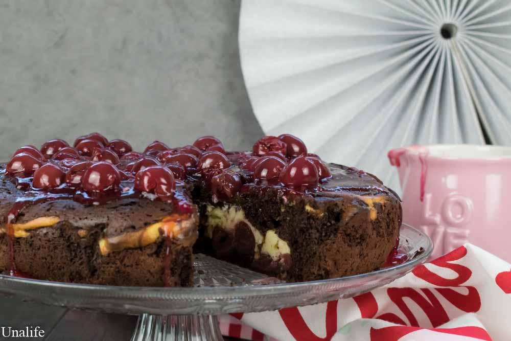 Schoko Kirsch Kuchen Mit Vanille Quark Fullung Unalife