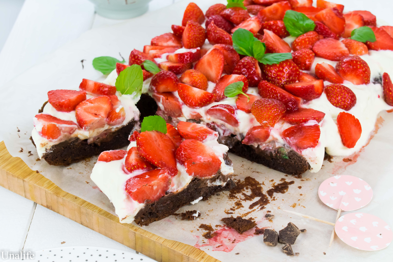 Brownie mit Erdbeeren - Rezept